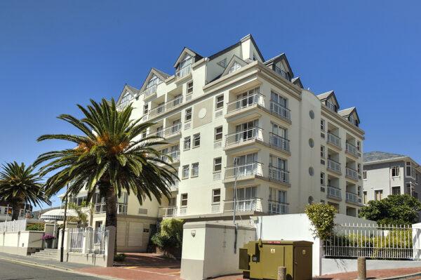 Bantry Bay Hotel & Luxury Suites